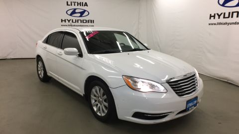 Pre-Owned 2014 CHRYSLER 200 4DR SDN TOURING Front Wheel Drive 4dr Car