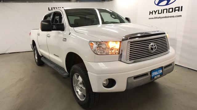Pre-Owned 2009 Toyota Tundra 4WD CrewMax 5.7L V8 6-Spd AT LTD
