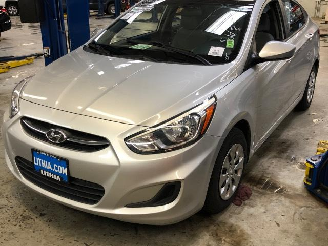 Pre-Owned 2015 Hyundai Accent 4dr Sdn Auto GLS