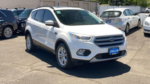 Pre-Owned 2017 Ford Escape SE 4WD 4WD Sport Utility