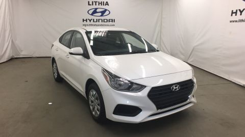 New 2018 Hyundai Accent SEDAN